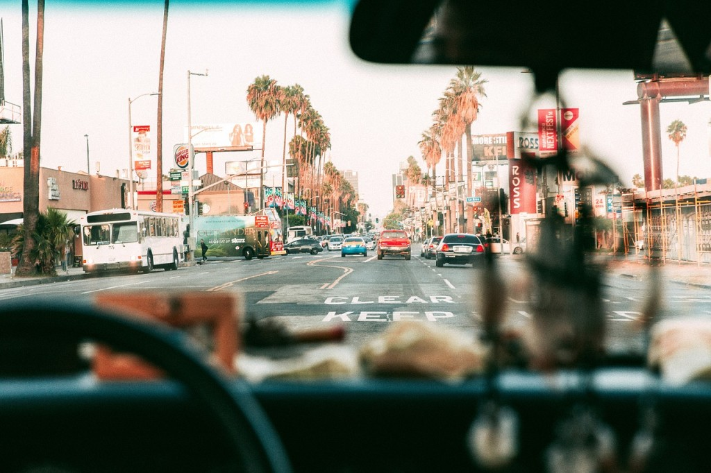 Los Angeles i bil